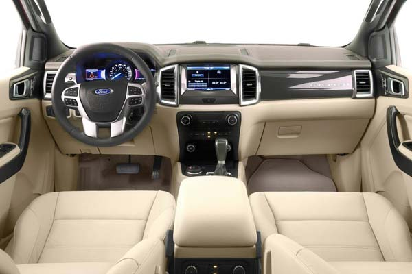 салон ford everest 2018
