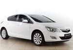 Opel Astra 1.6 AT 180 л.с. 2011 года за 609 000