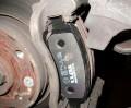 Как поменять тормозные колодки